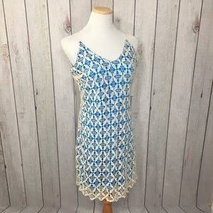 Everleigh Strappy V-Neck Lace Shift Dress Size L